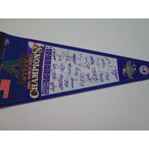 2001 WS CHAMPS D-BACKS w/sigs